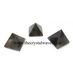 Grey Khyaldar Agate less than 15mm pyramid