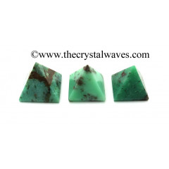 Chrysoprase less than 15mm pyramid