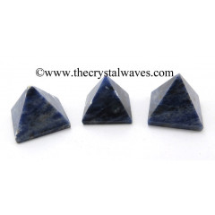 Sodalite less than 15mm pyramid