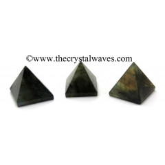 Labradorite less than 15mm pyramid