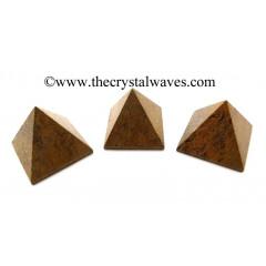 Mariyam / Calligraphy Stone 25 - 35 mm pyramid