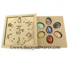 Chakra Sanskrit Letters Engraved Engraved Flat Wooden Box With Gemstone Oval Cabochon Chakra Set
