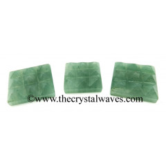 Green Aventurine (Light) 9 Pyramid Lemurian Power Plate