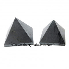 Hematite less than 15mm pyramid