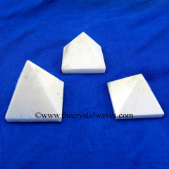 Pink Banded Onyx Chalcedony 35 - 55 mm pyramid
