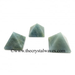 Aquamarine 35 - 55 mm pyramid